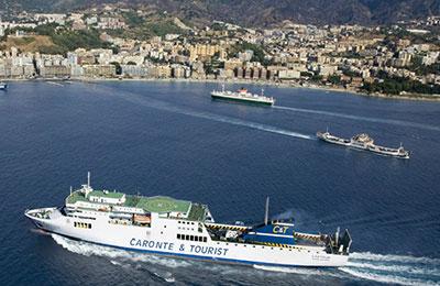 Caronte & Ferries touristiques